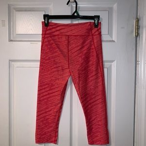 Under Armour, pink, dry fit cropped leggings